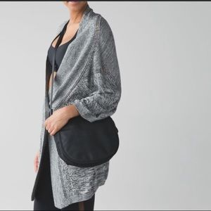 Lululemon Breeze Easy Wrap sweater Gray M/L SOFT